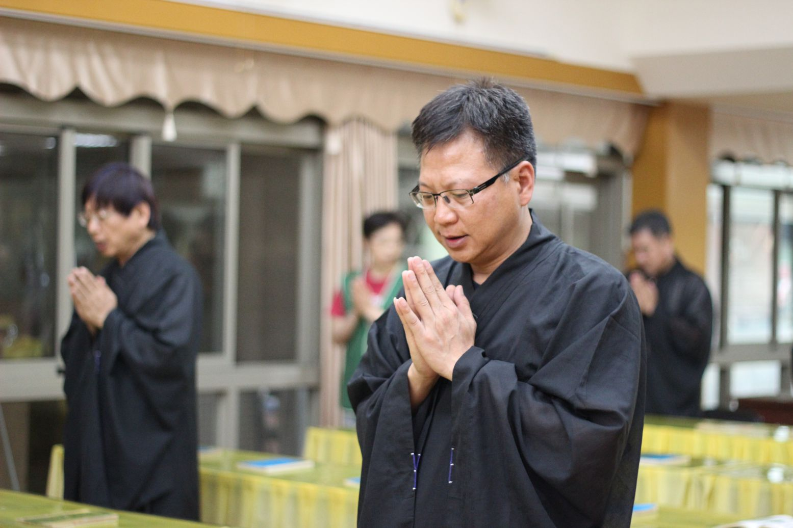 虔誠祈求、聽聞隨轉、淨化煩惱